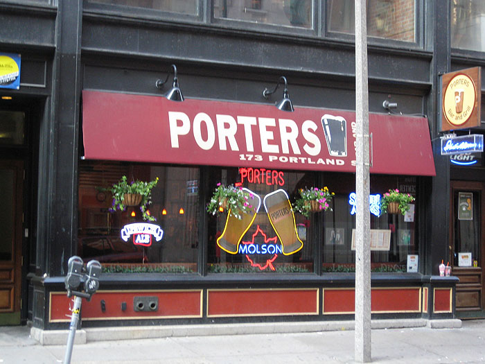 Pubs and Restaurants North Station Porters Bar and Grill, Portland St.