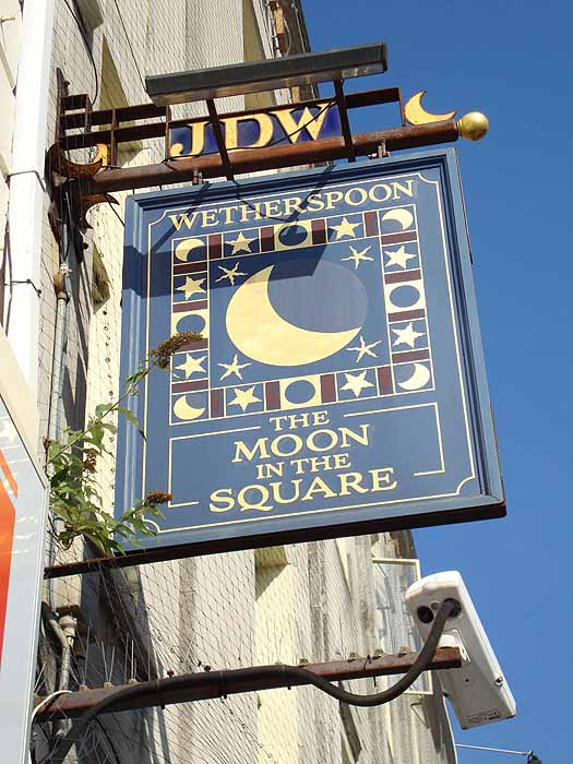 Pubs Signs, UK The Moon in the Square, Bournemouth