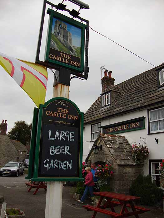 Pubs Signs, UK The Castle Inn, Corfe